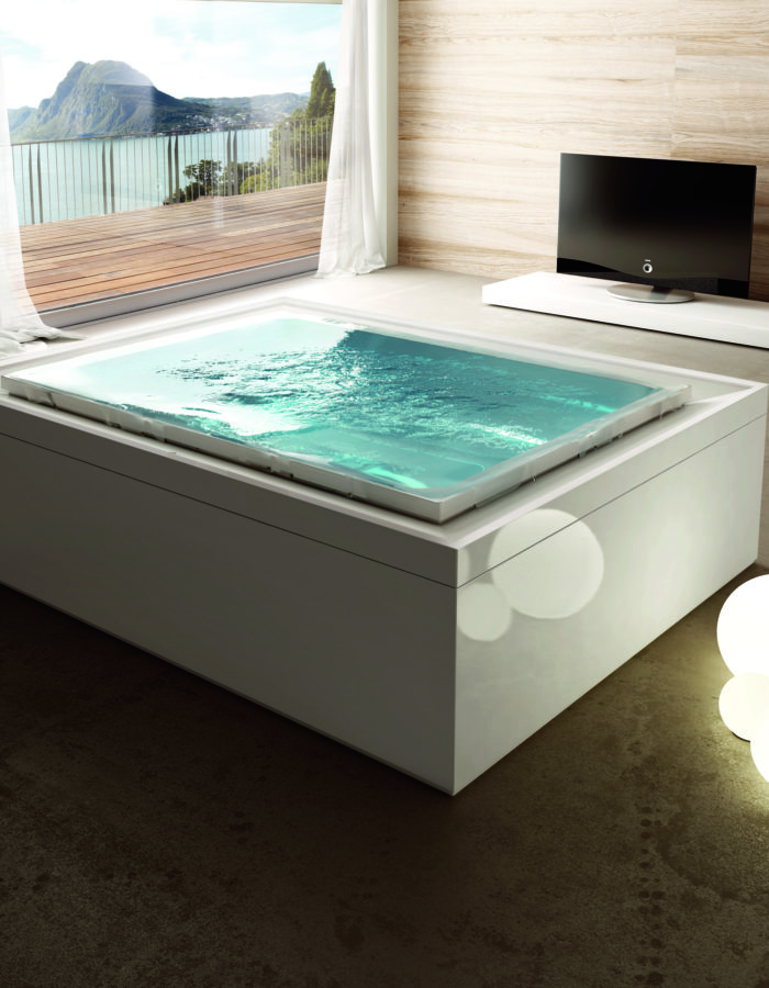 Aquatica Bath's Fusion Cube Spa