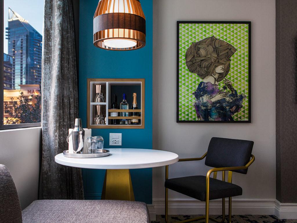 Amazing Buckhead Betty Makes Way For Bitsy Inspiredesign Inzonedesignstudio Interior Chair Design Inzonedesignstudiocom